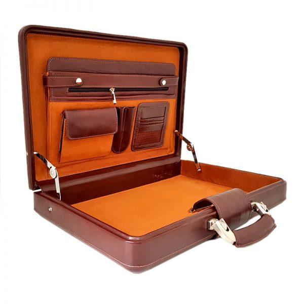 عکس داخل کیف سامسونت چرم طبیعی قهوه ای تیره