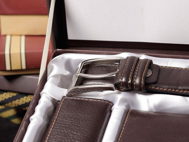 ست هدیه کیف و کمربند چرم مردانه